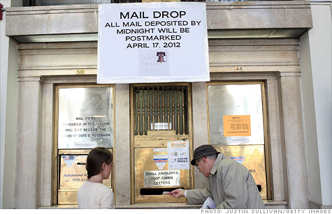 U.S. Postal Service posted a $3.2 billion loss in its fiscal second quarter.