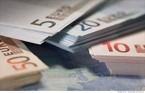 OECD warns that debt problems in Europe are the greatest risk to uneven, fragile growth around the globe.