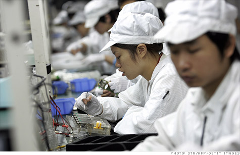 China's manufacturing sector continued to contract in May, according to HSBC's Flash Purchasing Managers' Index.