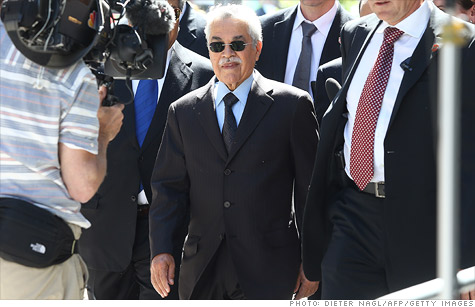 Saudia Arabia's Minister of Petroleum and Mineral Resourdes Ali Naimi arrives for the 161st ordinary meeting of the Organization of the Petroleum Exporting Countries.