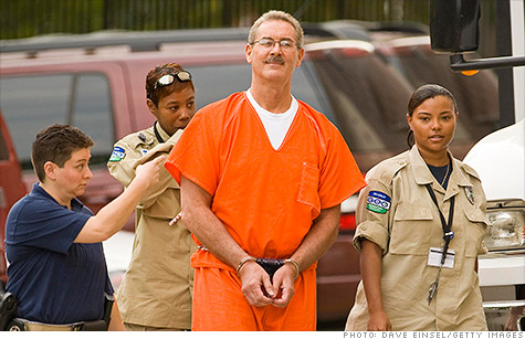 Ponzi schemer Allen Stanford gets 110 years - Jun. 14, 2012