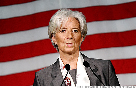 Christine Lagarde, managing director of the International Monetary Fund, is encouraging  U.S. lawmakers to focus on boosting the economy now, and worry about cutting deficits later.