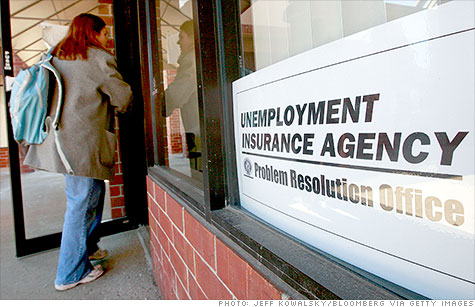 The federal government and states overpaid an estimated $14 billion in unemployment benefits in fiscal 2011, or roughly 11% of all the jobless benefits paid out.