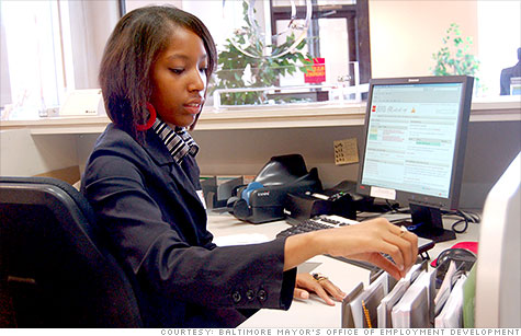 Amber Barner, a teller at Wells Fargo, benefits from Baltimore's summer jobs for youth program.