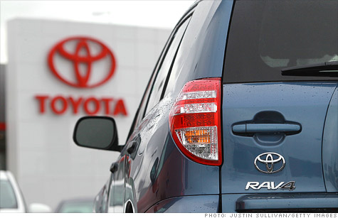 Toyota announced the recall Wednesday of some 778,000 vehicles in the United States due to a suspension problem that could cause crashes.