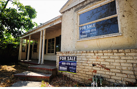 Foreclosure fillings fell for the 22nd straight month.