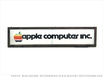 gallery auctions apple signage