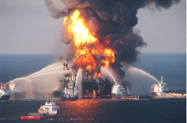 Deepwater Horizon Fire 2010