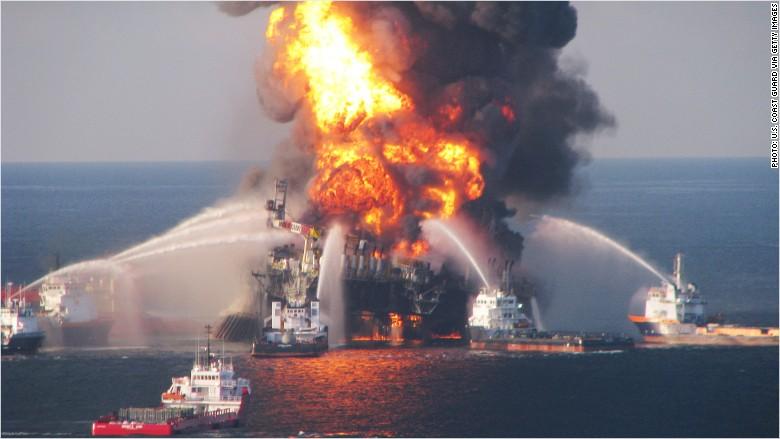 Deepwater Horizon Fire 2010