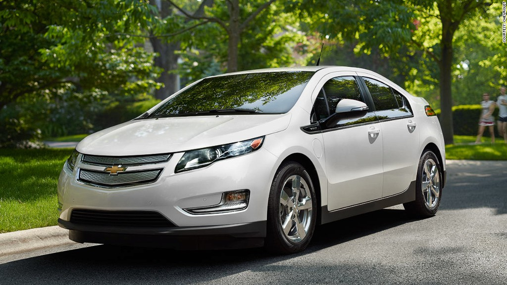 2013 chevy volt white