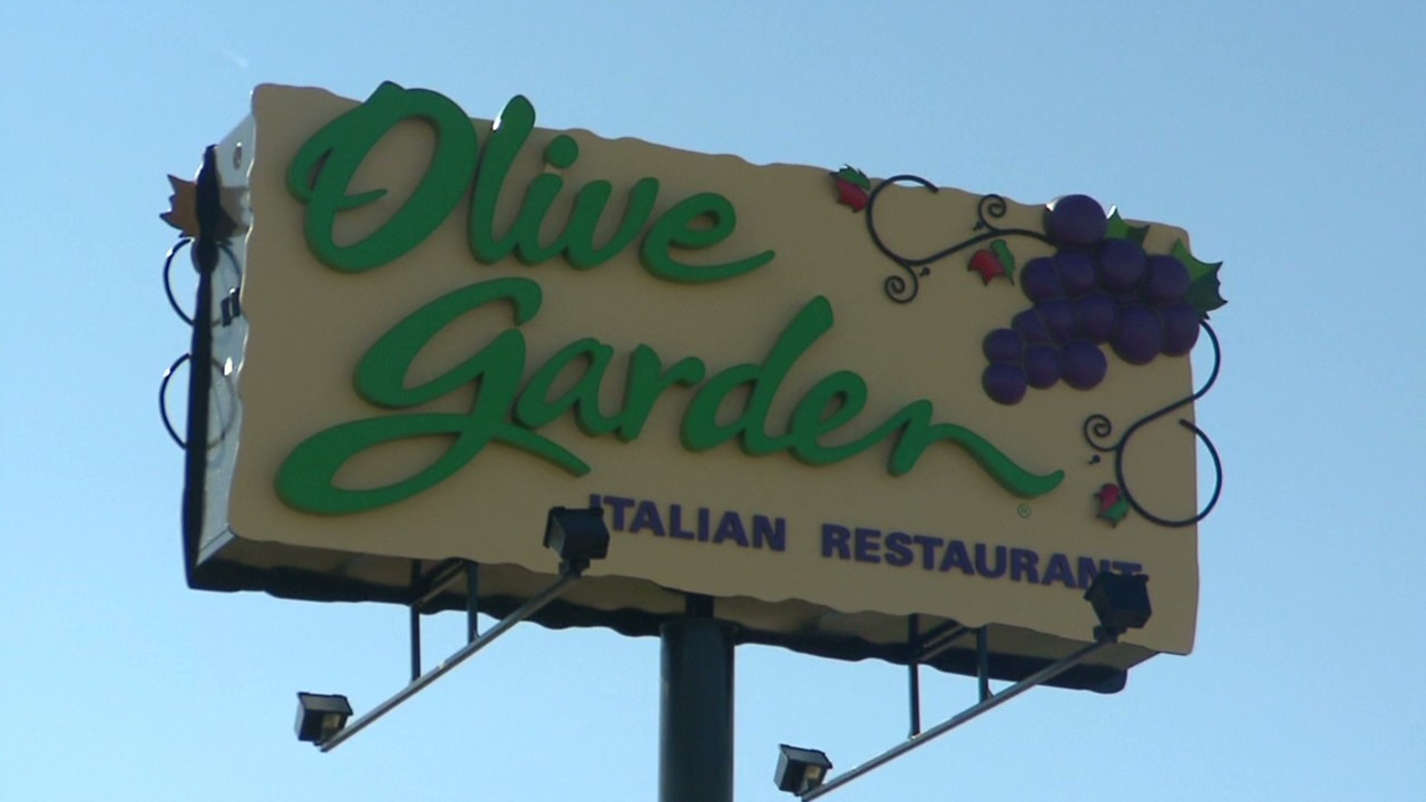 Red Lobster Olive Garden Under One Roof Video Business News