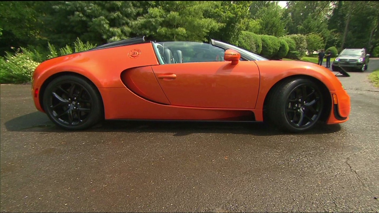 bugatti veyron vitesse fast expensive video personal finance. Black Bedroom Furniture Sets. Home Design Ideas