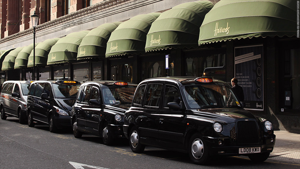 london 39 s black cabs may face end of the road. Black Bedroom Furniture Sets. Home Design Ideas