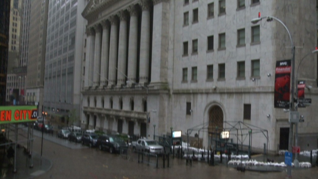 Wall Street closes for Sandy