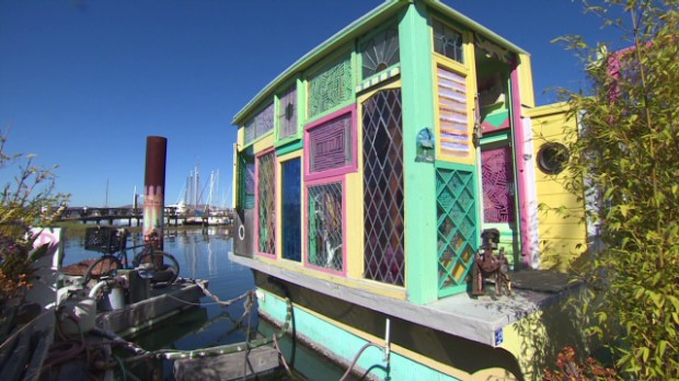 Living on a 100-year-old riverboat