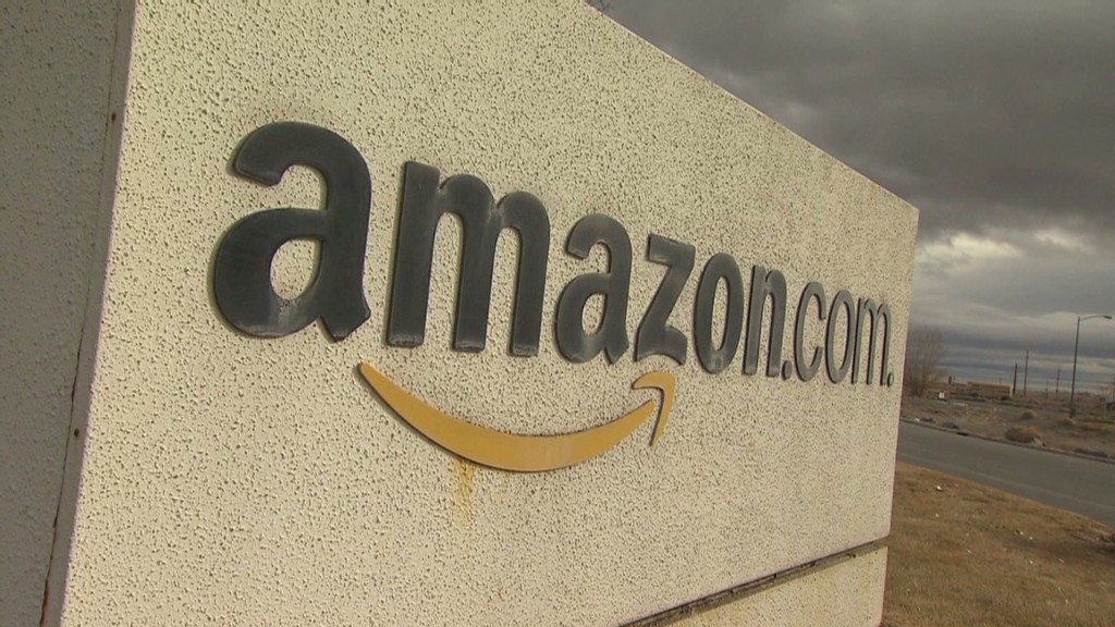 Amazon CEO supports online sales tax