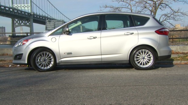 Ford hybrids don't live up to MPG hype - Consumer Reports