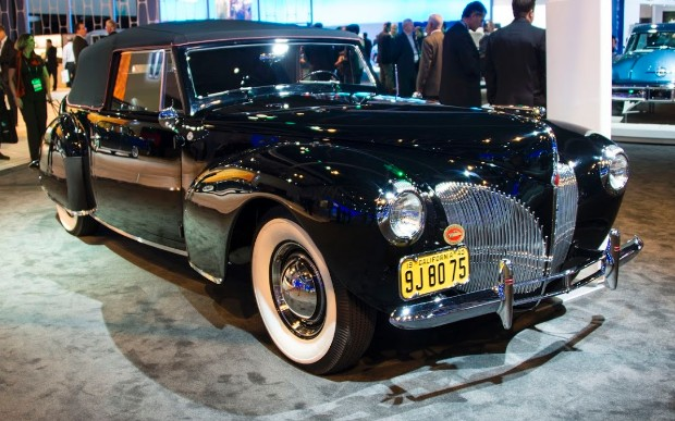 gallery classic lincoln 3