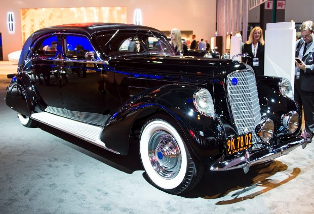 1937 Lincoln Derham Sport Sedan Seven classic Lincoln