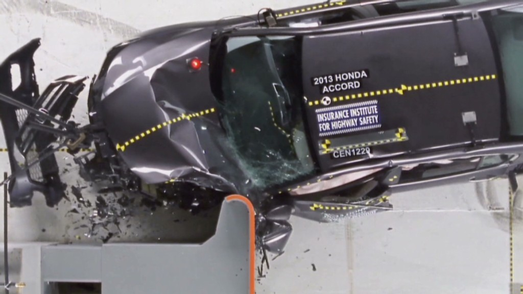 Insurance front crash tests