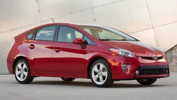 Toyota recalls 1.4 million cars for airbag problem