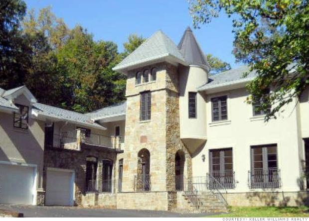 Mclean va million dollar foreclosures cnnmoney for Big white real estate foreclosure