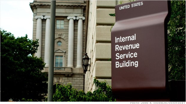 Delinquent IRS employees paid bonuses by the agency