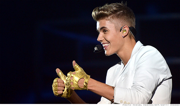 Bieber launches new prepaid card