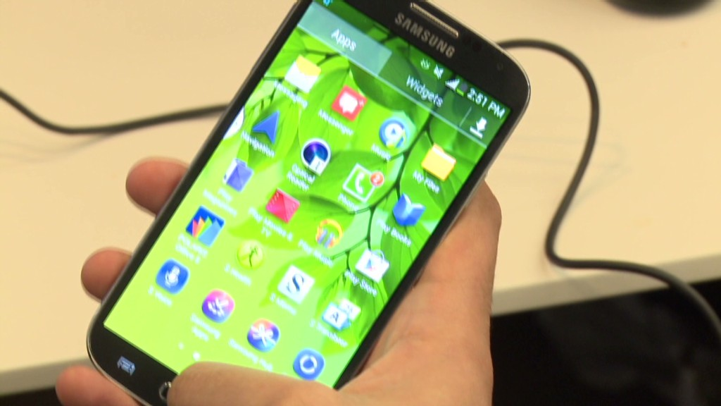 Galaxy S4 excels, despite gimmicks