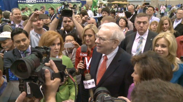 80 secs walking with Warren Buffett