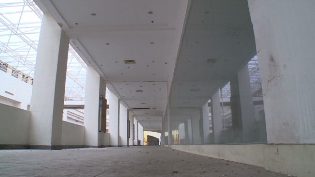 Inside a Chinese ghost mall