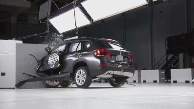 Small SUVs struggle in crash test