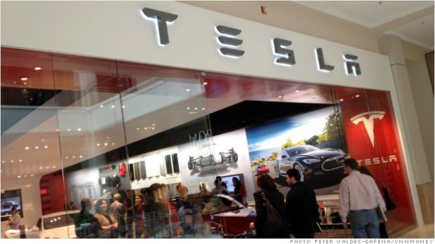 Tesla fights U.S. car dealers