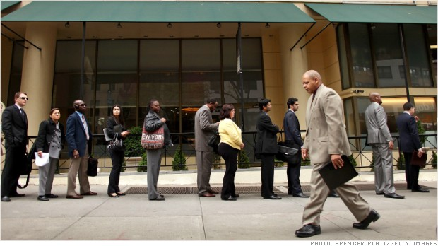 Jobless claims fall, point to stronger May job market