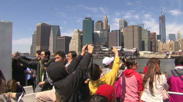 Chinese tourists take over New York