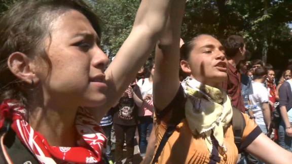 Los manifestantes turcos recaudan en Internet fondos para anuncios
