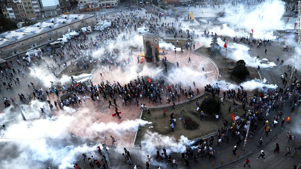 turkey protests tear gas
