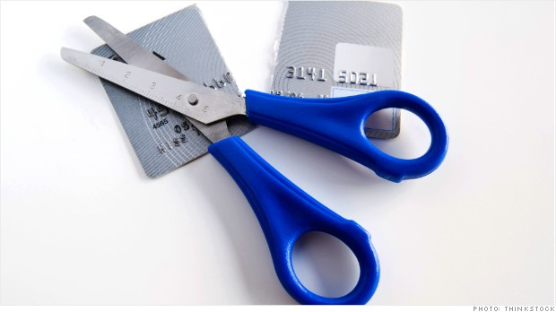 fewer credit cards recession