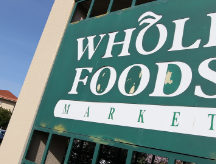 Why Whole Foods restricts executive pay - Video - Business News