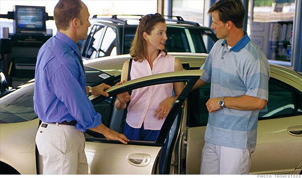 couple car dealer