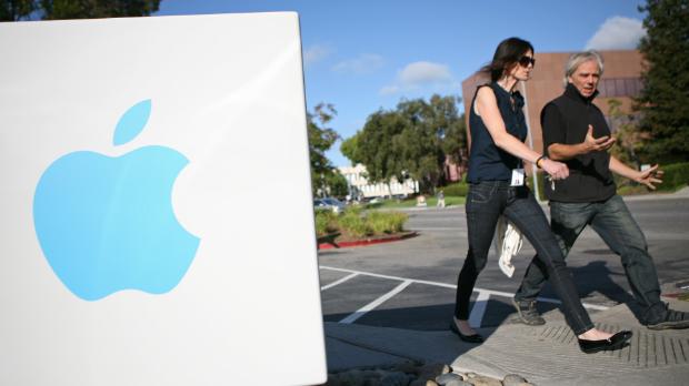 Apple loses its shine