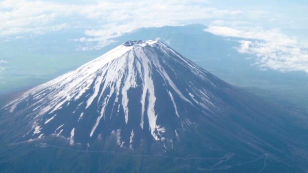 Google Street View climbs Mt. Fuji