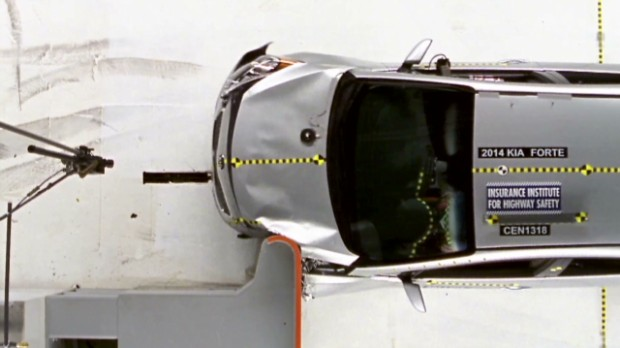 Small cars perform poorly in crash tests