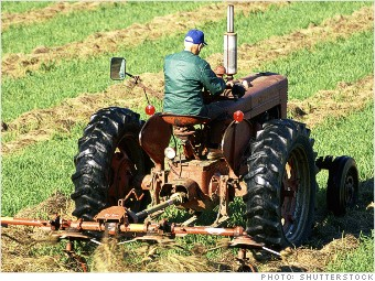 most dangerous jobs farmer