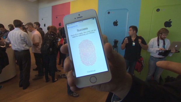 How the iPhone fingerprint scanner works