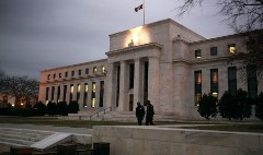 On eve of stress tests, Fed asks banks for more info