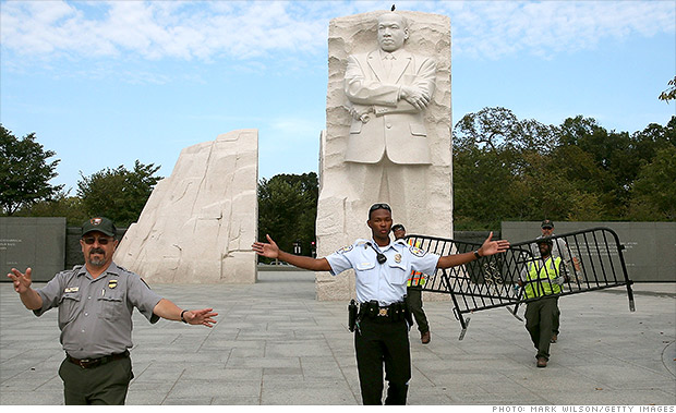 http://i2.cdn.turner.com/money/dam/assets/131001032358-government-shutdown-mlk-memorial-620xb.jpg