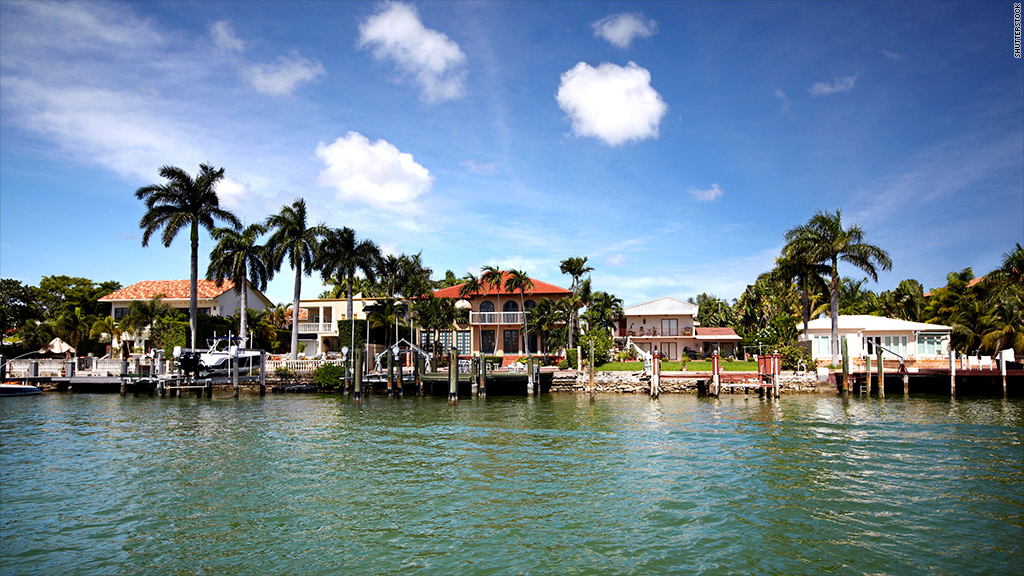 Miami best places to retire with a nice nest egg cnnmoney for Best places to retire in florida
