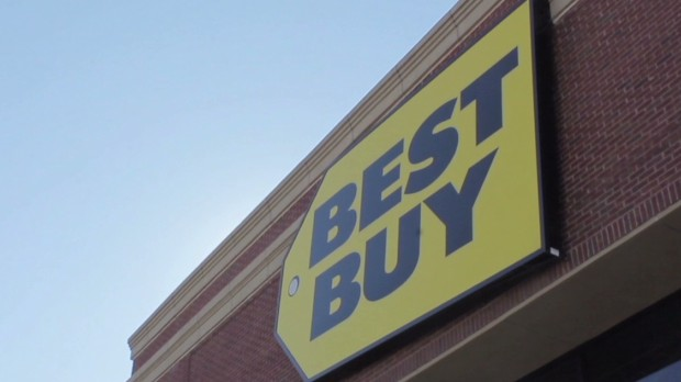 Best Buy plunges on profit worries