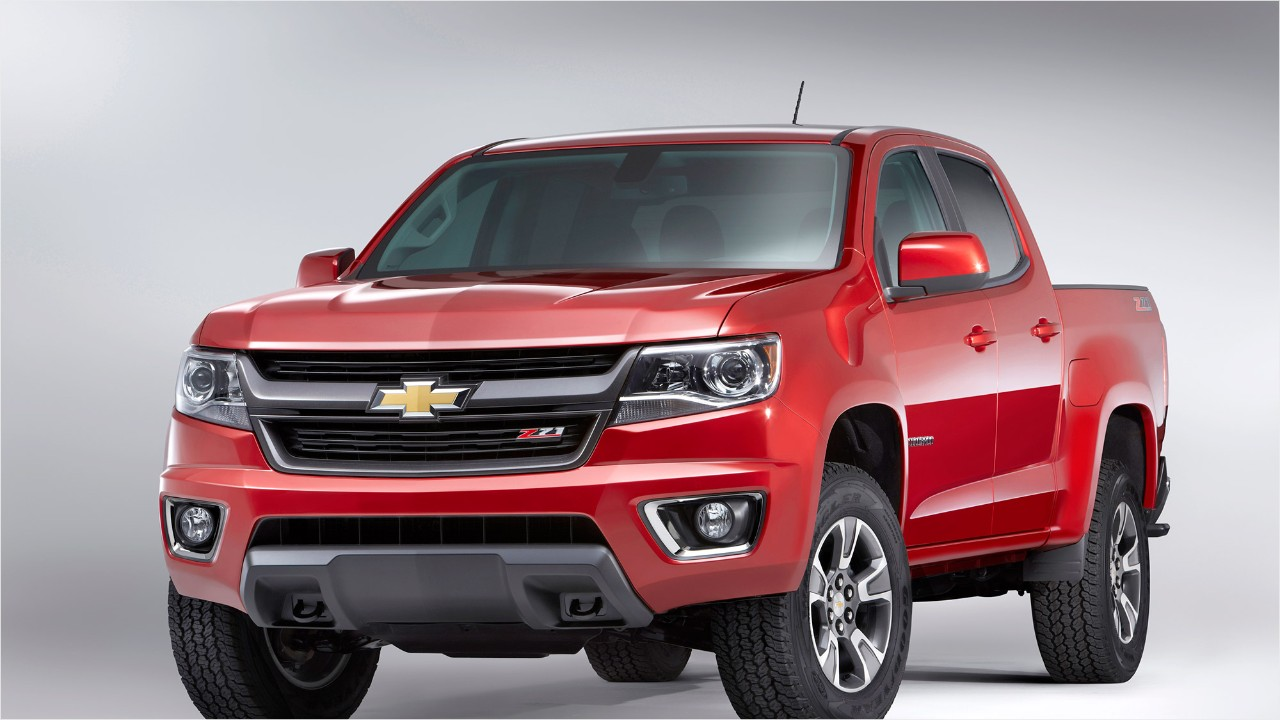 chevrolet colorado wins truck of the year video business news. Black Bedroom Furniture Sets. Home Design Ideas